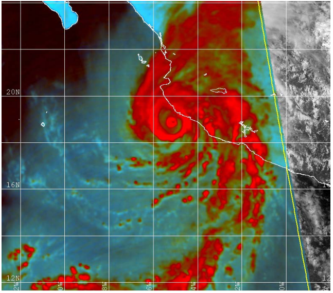 Seguimiento satélite de la estructura de doble ojo del huracán Patricia.